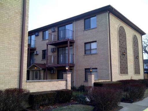 7200 W Wrightwood Avenue W 3S, Elmwood Park, IL 60707 (MLS #10585830) :: Lewke Partners