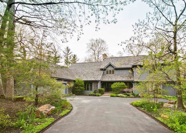 55 Trowbridge Circle, Lake Bluff, IL 60044 (MLS #10585876) :: Angela Walker Homes Real Estate Group