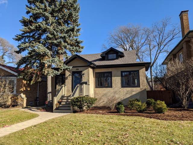 1110 N Grove Avenue, Oak Park, IL 60302 (MLS #10586253) :: Angela Walker Homes Real Estate Group