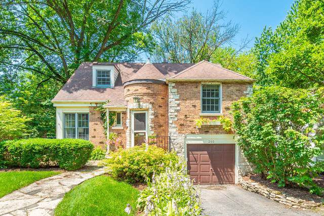 260 Churchill Place, Clarendon Hills, IL 60514 (MLS #10586725) :: Lewke Partners