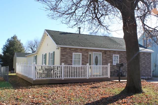 1406 Avenue K, Sterling, IL 61081 (MLS #10587062) :: Helen Oliveri Real Estate