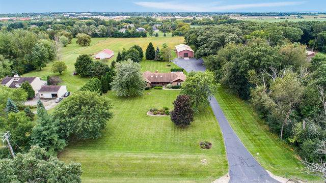 16413 Harmony Road, Huntley, IL 60142 (MLS #10587203) :: Ryan Dallas Real Estate