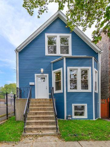 1725 N Kedvale Avenue, Chicago, IL 60639 (MLS #10587277) :: Touchstone Group