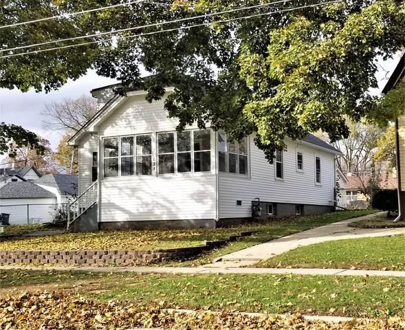 624 Linden Avenue, Elgin, IL 60120 (MLS #10587314) :: Property Consultants Realty