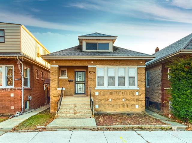 6049 S Maplewood Avenue, Chicago, IL 60629 (MLS #10587419) :: John Lyons Real Estate