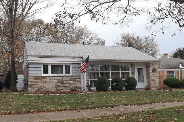 17607 Howe Avenue, Homewood, IL 60430 (MLS #10587501) :: Property Consultants Realty