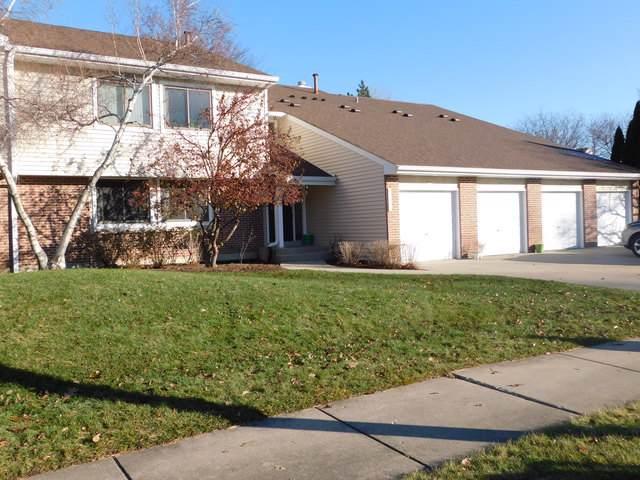 940 Hidden Lake Drive #940, Buffalo Grove, IL 60089 (MLS #10587607) :: Helen Oliveri Real Estate