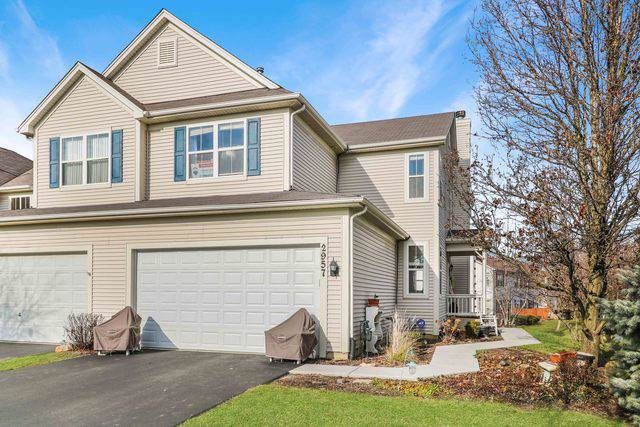 2957 Langston Circle #2957, St. Charles, IL 60175 (MLS #10587677) :: The Wexler Group at Keller Williams Preferred Realty