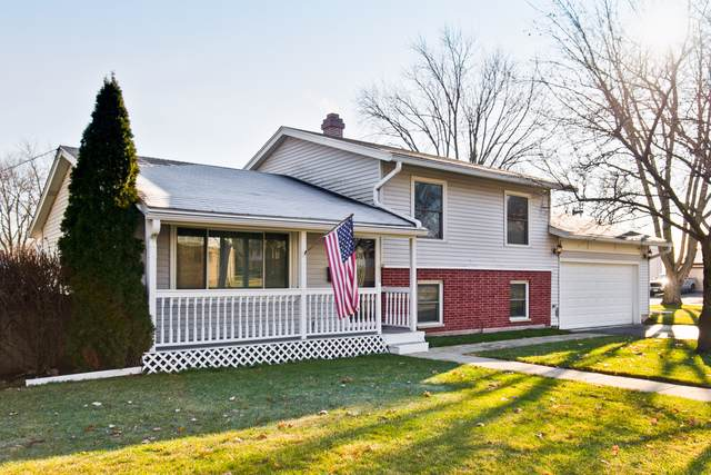 313 Oakwood Road, Vernon Hills, IL 60061 (MLS #10587747) :: The Wexler Group at Keller Williams Preferred Realty