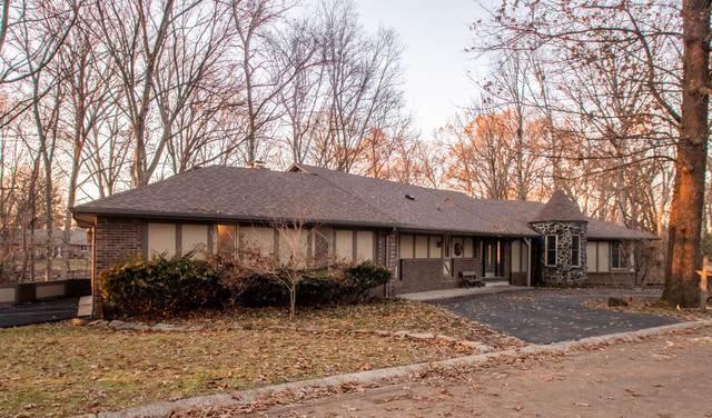 54 Shorewood, Danville, IL 61832 (MLS #10588163) :: Angela Walker Homes Real Estate Group