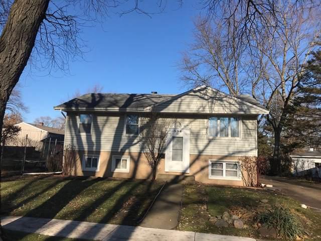 556 Saint Marys Parkway, Buffalo Grove, IL 60089 (MLS #10588339) :: Helen Oliveri Real Estate