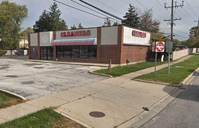 795 Elmhurst Road, Des Plaines, IL 60016 (MLS #10588435) :: The Mattz Mega Group