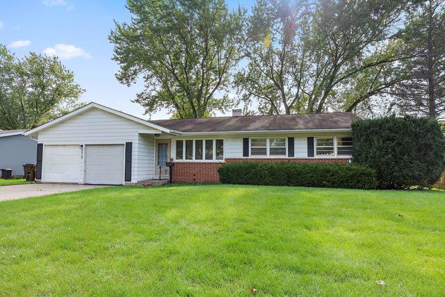 239 Lincolnshire Drive, Crystal Lake, IL 60014 (MLS #10588463) :: John Lyons Real Estate