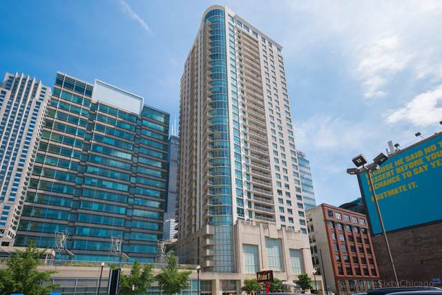 125 S Jefferson Street #3002, Chicago, IL 60661 (MLS #10588530) :: The Mattz Mega Group