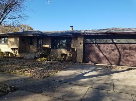 18444 Oak Avenue, Lansing, IL 60438 (MLS #10588614) :: The Mattz Mega Group