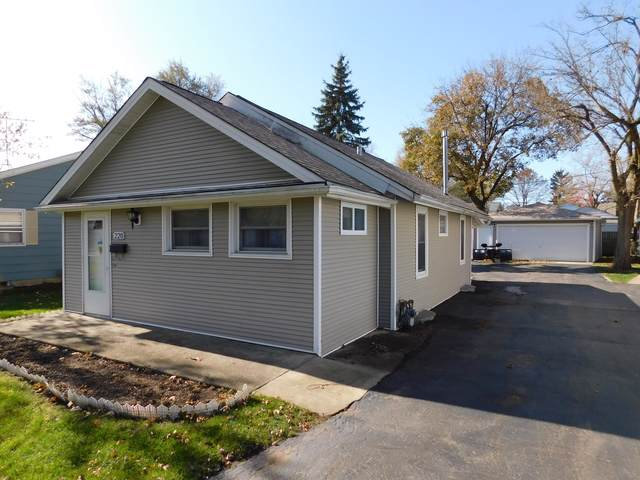 220 N Melrose Avenue, Elgin, IL 60123 (MLS #10588656) :: The Perotti Group | Compass Real Estate