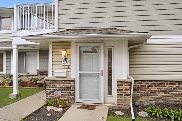6157 Kit Carson Drive 41-4, Hanover Park, IL 60133 (MLS #10588670) :: Lewke Partners
