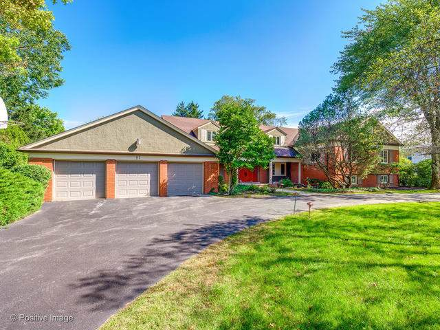 27 Meadowview Drive, Northfield, IL 60093 (MLS #10588725) :: The Wexler Group at Keller Williams Preferred Realty