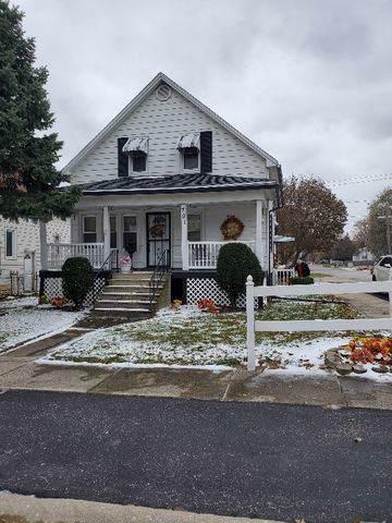 701 Davis Avenue, Joliet, IL 60436 (MLS #10588739) :: The Perotti Group | Compass Real Estate