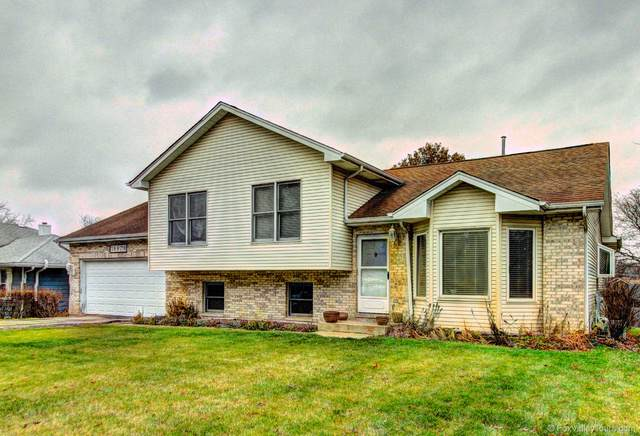 28W718 Barnes Avenue, West Chicago, IL 60185 (MLS #10588863) :: Baz Realty Network | Keller Williams Elite