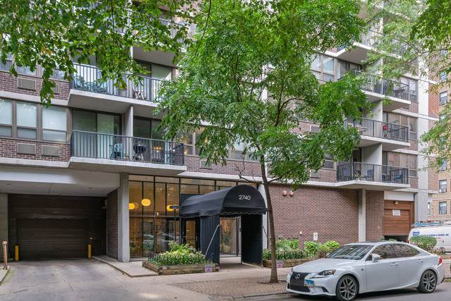 2740 N Pine Grove Avenue 15A, Chicago, IL 60614 (MLS #10588913) :: Ani Real Estate