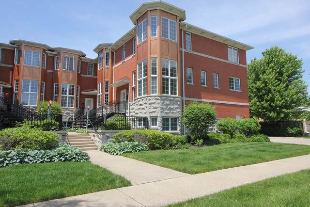 8 Park Avenue, River Forest, IL 60305 (MLS #10589012) :: The Wexler Group at Keller Williams Preferred Realty