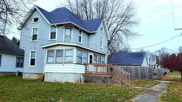 303 W Morgan Street, Dixon, IL 61021 (MLS #10589290) :: Baz Realty Network | Keller Williams Elite