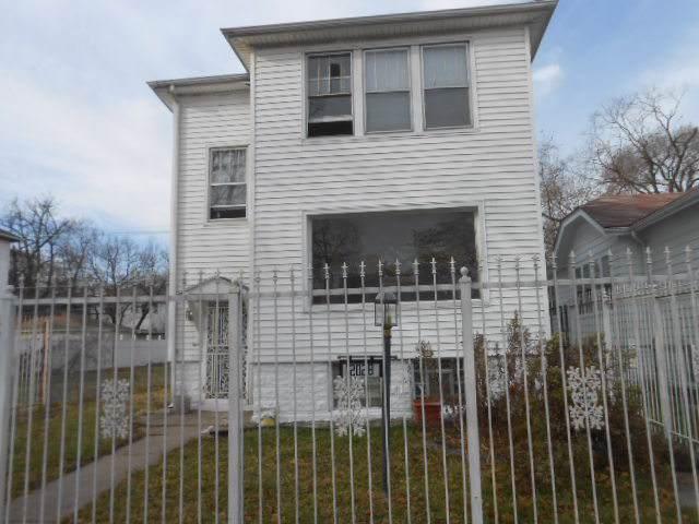 12028 S La Salle Street, Chicago, IL 60628 (MLS #10589635) :: Helen Oliveri Real Estate