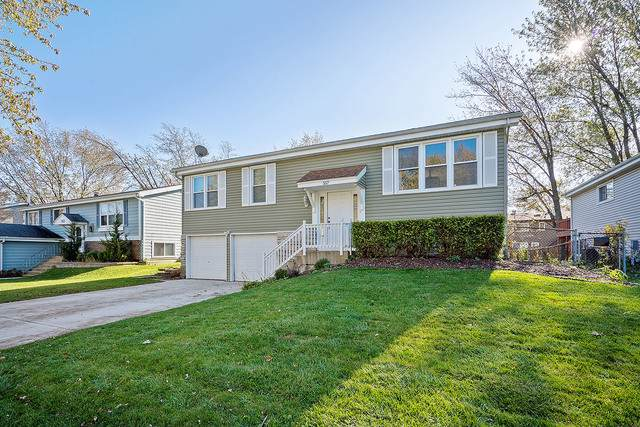 557 Cottonwood Circle, Bolingbrook, IL 60440 (MLS #10589911) :: The Dena Furlow Team - Keller Williams Realty