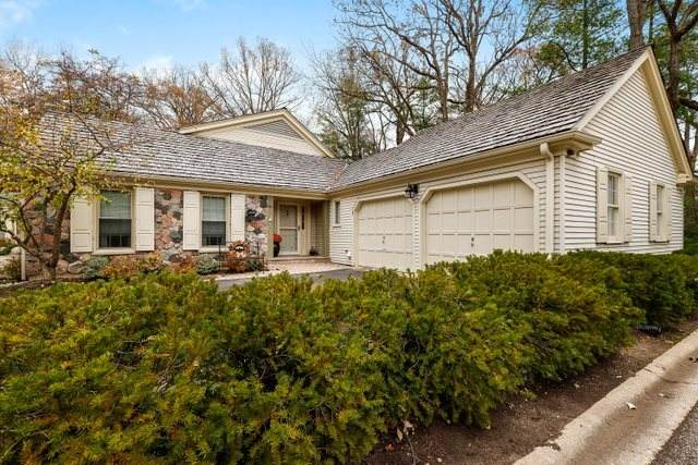 1 Court Of Bucks County, Lincolnshire, IL 60069 (MLS #10589976) :: Helen Oliveri Real Estate