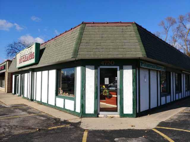 4720 Elm Street, Mchenry, IL 60050 (MLS #10589986) :: Ryan Dallas Real Estate