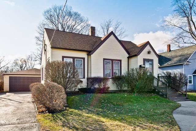 15 Woodstock Street, Crystal Lake, IL 60014 (MLS #10590226) :: Lewke Partners