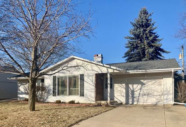 333 Apple Street, Dixon, IL 61021 (MLS #10590313) :: Baz Realty Network | Keller Williams Elite