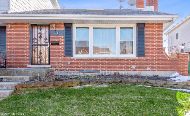 7143 W Greenleaf Street, Niles, IL 60714 (MLS #10590711) :: Property Consultants Realty