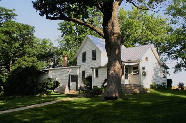 7749 N Boone School Road, Capron, IL 61012 (MLS #10590949) :: Jacqui Miller Homes