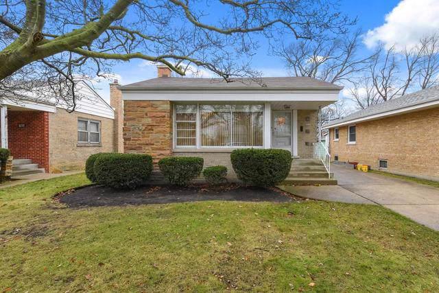 8236 Lawndale Avenue, Skokie, IL 60076 (MLS #10591005) :: Property Consultants Realty