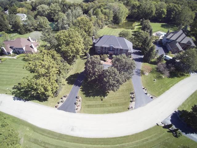 6N855 Hastings Drive, St. Charles, IL 60175 (MLS #10591025) :: John Lyons Real Estate
