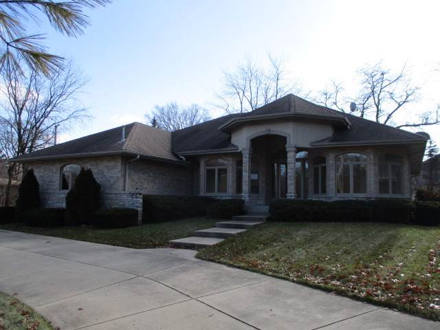 1801 Warrenville Road, Lisle, IL 60532 (MLS #10591029) :: Berkshire Hathaway HomeServices Snyder Real Estate
