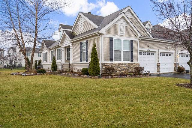 1104 Hampton Lane #1, Yorkville, IL 60560 (MLS #10591137) :: Property Consultants Realty