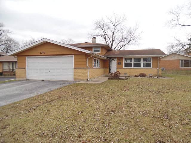 3207 Maple Lane, Hazel Crest, IL 60429 (MLS #10591199) :: Ani Real Estate