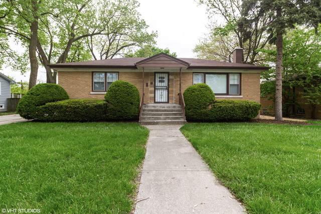14926 Clark Street, Dolton, IL 60419 (MLS #10591616) :: LIV Real Estate Partners