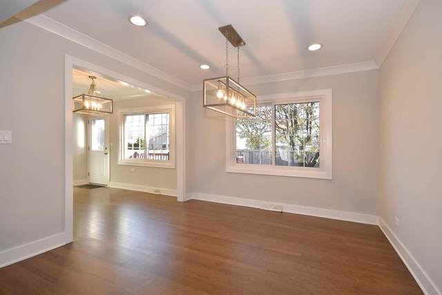 833 S Cedar Avenue, Elmhurst, IL 60126 (MLS #10591824) :: Angela Walker Homes Real Estate Group