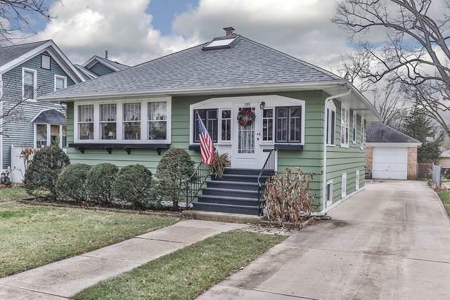 135 W Windsor Avenue, Lombard, IL 60148 (MLS #10591852) :: Lewke Partners