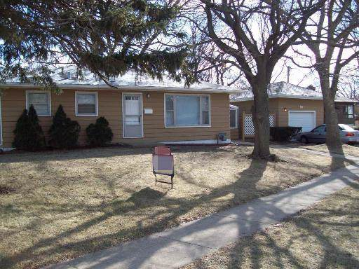 561 Nash Road, Crystal Lake, IL 60014 (MLS #10592151) :: LIV Real Estate Partners