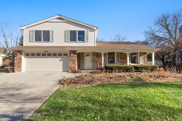 1552 Chippewa Drive, Naperville, IL 60563 (MLS #10592275) :: LIV Real Estate Partners