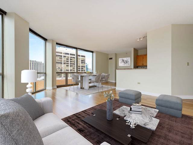 222 N Columbus Drive #3803, Chicago, IL 60601 (MLS #10592550) :: LIV Real Estate Partners