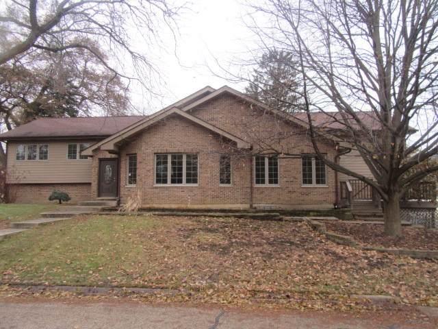 600 Warwick Avenue, Barrington, IL 60010 (MLS #10592567) :: Lewke Partners