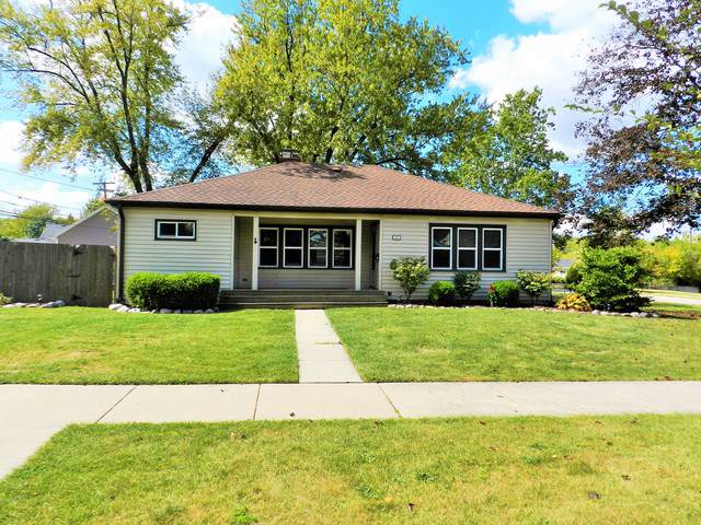 205 W Quincy Street, Westmont, IL 60559 (MLS #10592584) :: The Perotti Group | Compass Real Estate