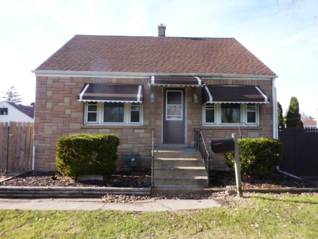 4720 River Road - Photo 1