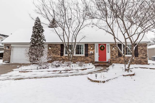 106 Surrey Lane, Crystal Lake, IL 60014 (MLS #10593744) :: Angela Walker Homes Real Estate Group